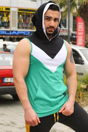 Sleeveless T-Shirt In Hooded Green 2897